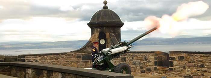 Le One O'Clock Gun